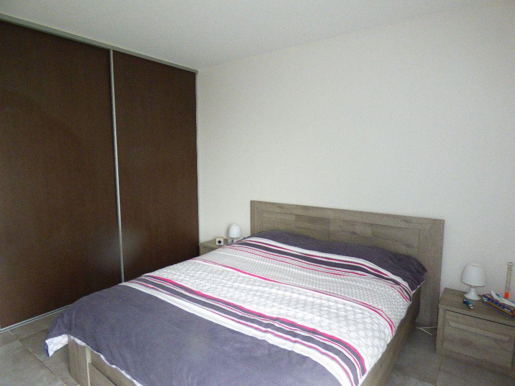 Appartement à vendre 3 65m2 à Manosque vignette-6