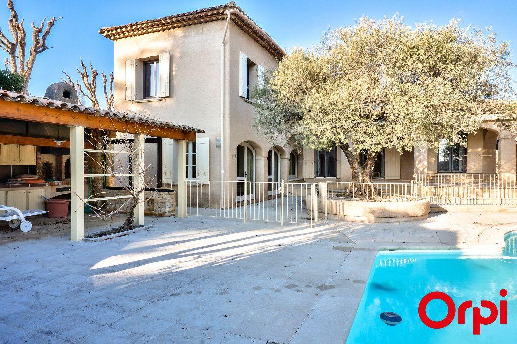 Maison à vendre 7 328.34m2 à Pierrevert vignette-1