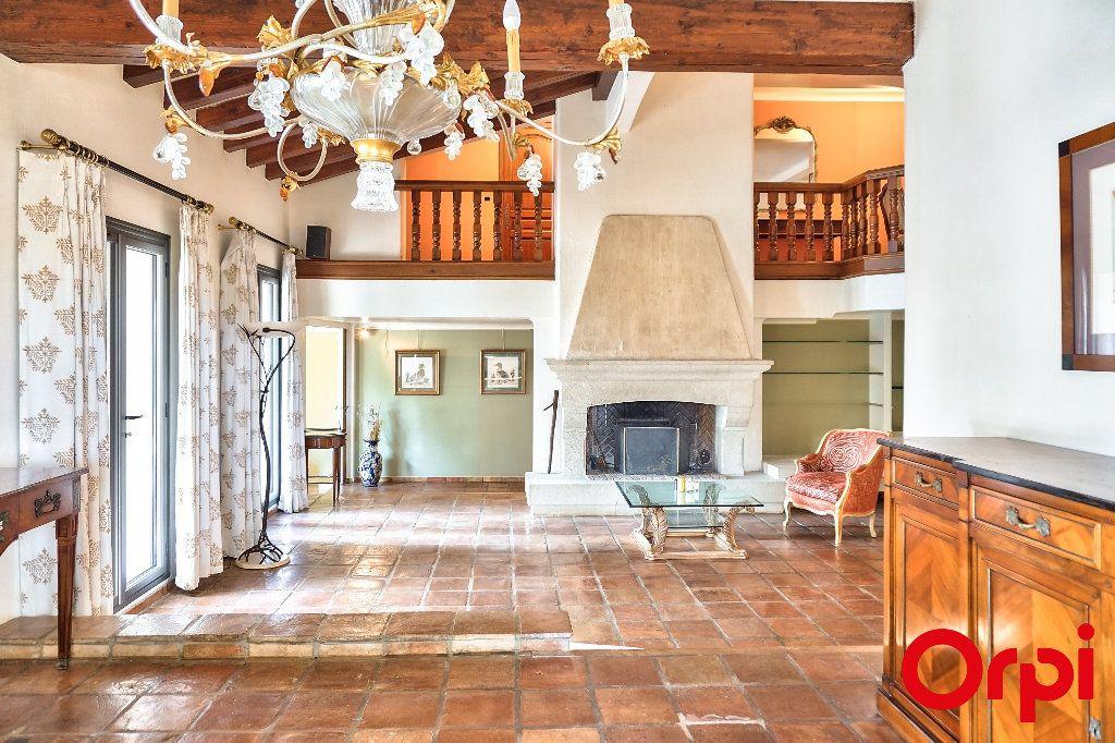Maison à vendre 7 328.34m2 à Pierrevert vignette-3