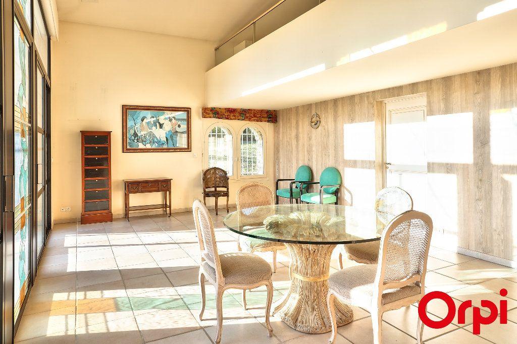 Maison à vendre 7 328.34m2 à Pierrevert vignette-13