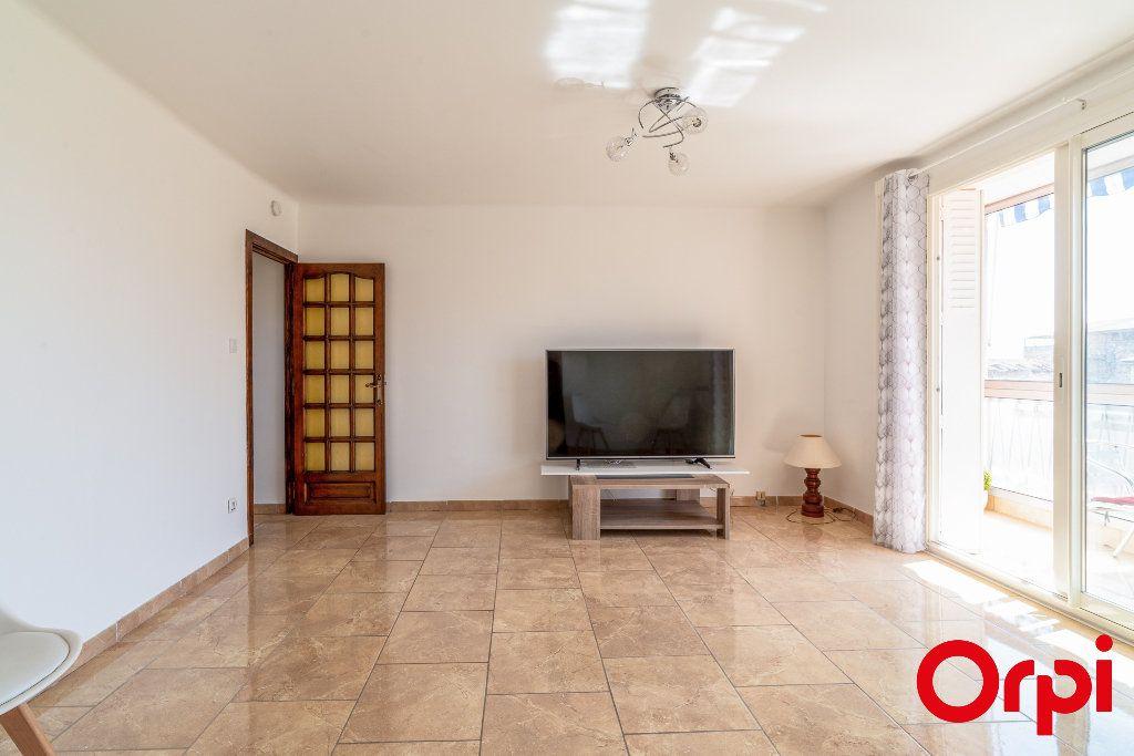 Appartement à vendre 4 63.51m2 à Manosque vignette-3