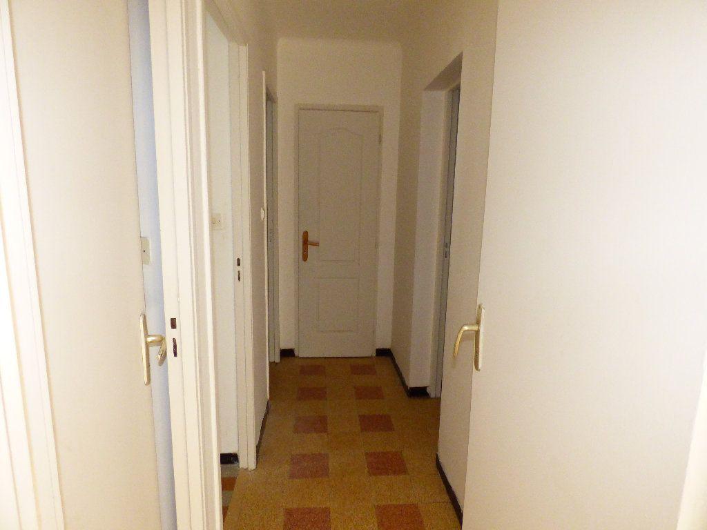 Appartement à vendre 3 59.15m2 à Manosque vignette-4
