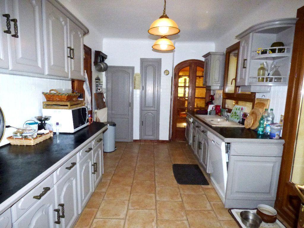 Maison à vendre 5 161.32m2 à Pierrevert vignette-6