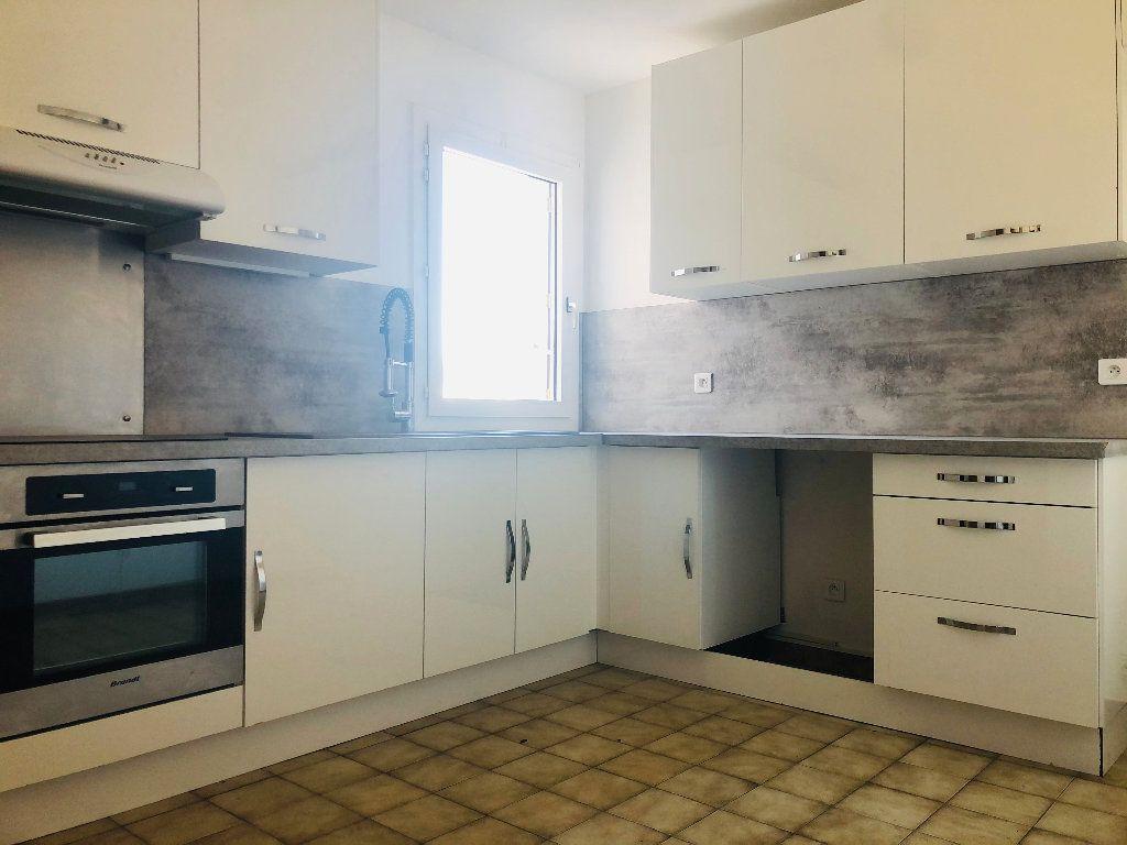 Appartement à louer 4 101.14m2 à Manosque vignette-1