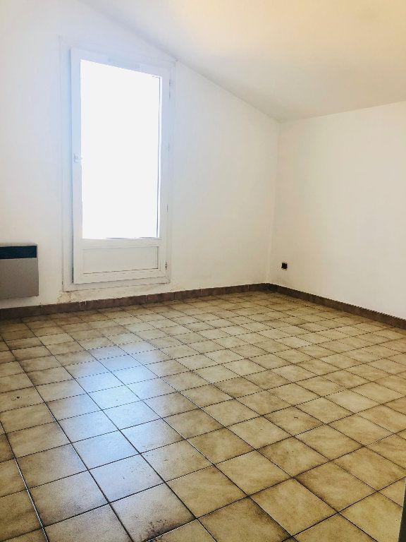 Appartement à louer 4 101.14m2 à Manosque vignette-7