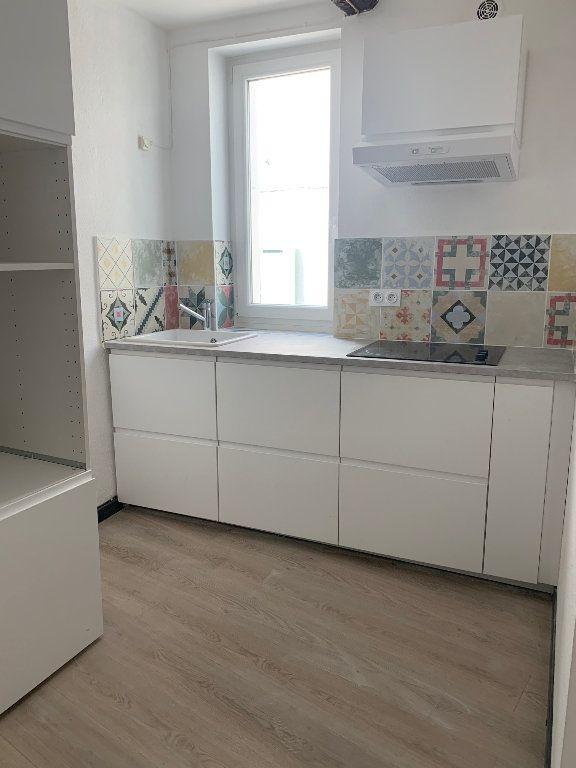Appartement à louer 2 40m2 à Valensole vignette-1