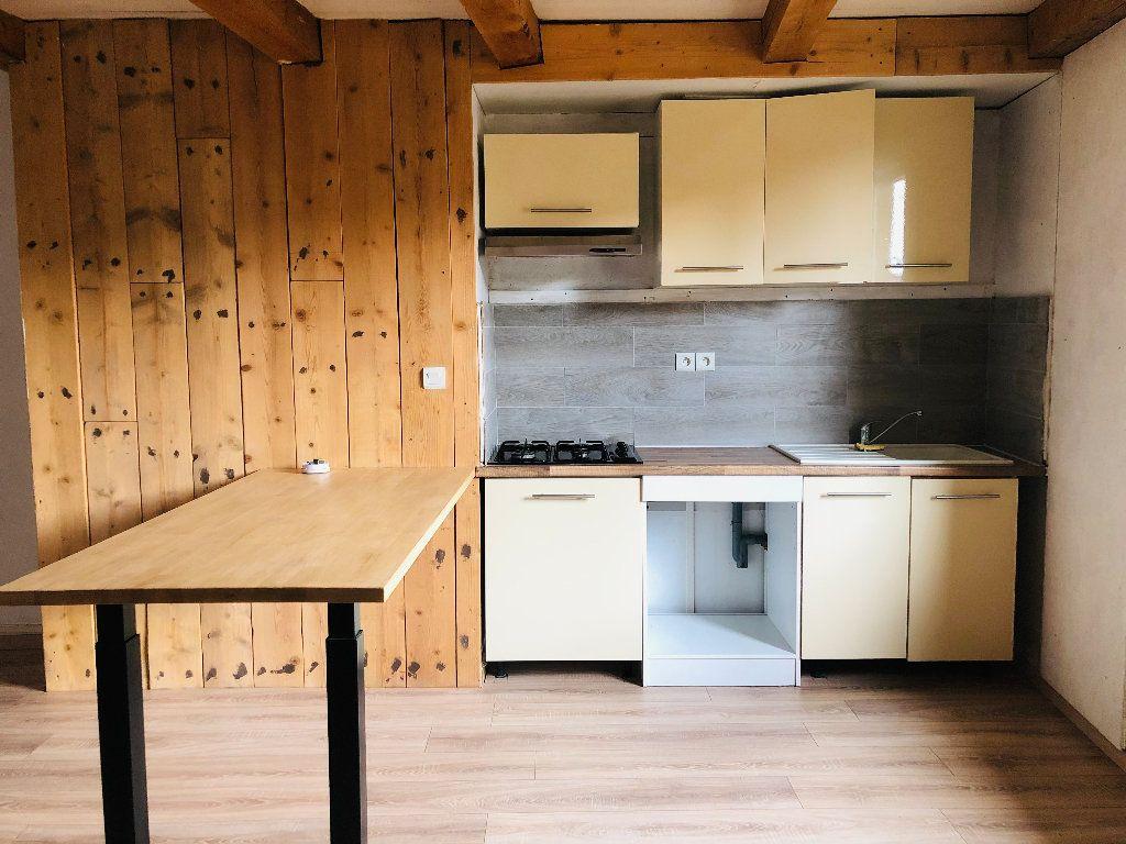 Appartement à louer 4 99.36m2 à Valensole vignette-3