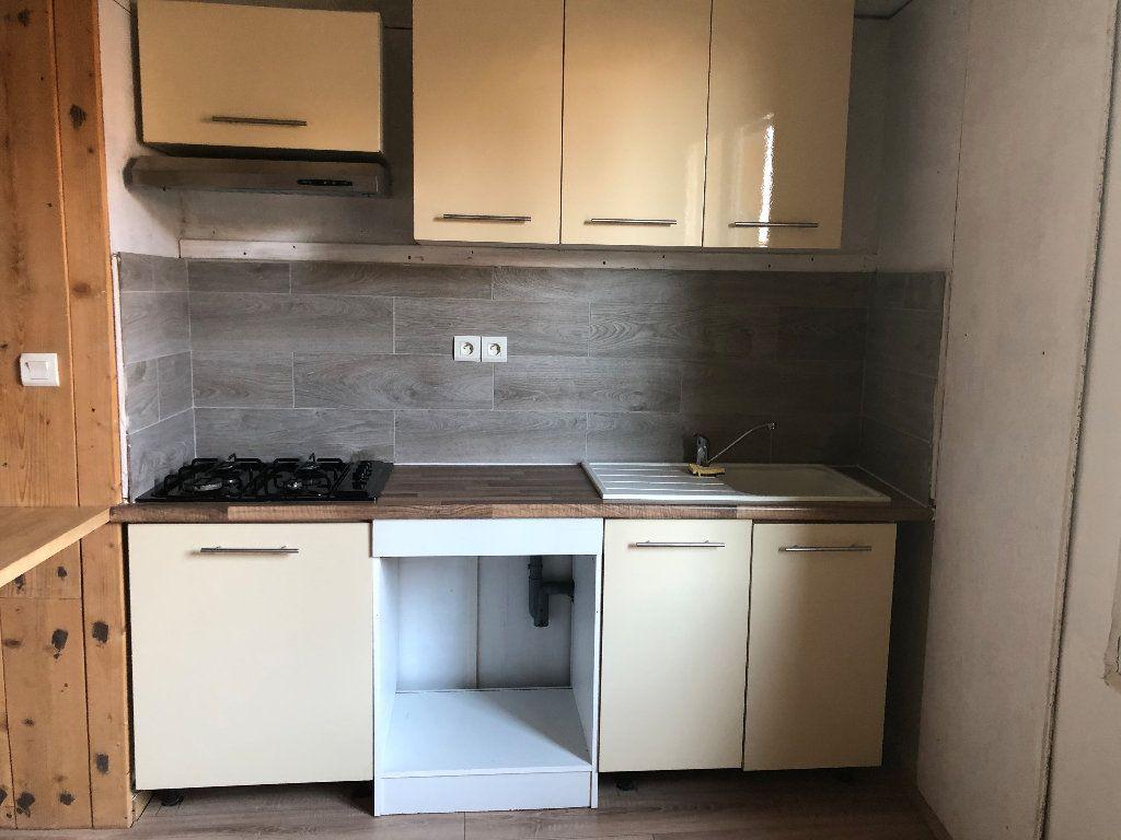 Appartement à louer 4 99.36m2 à Valensole vignette-4