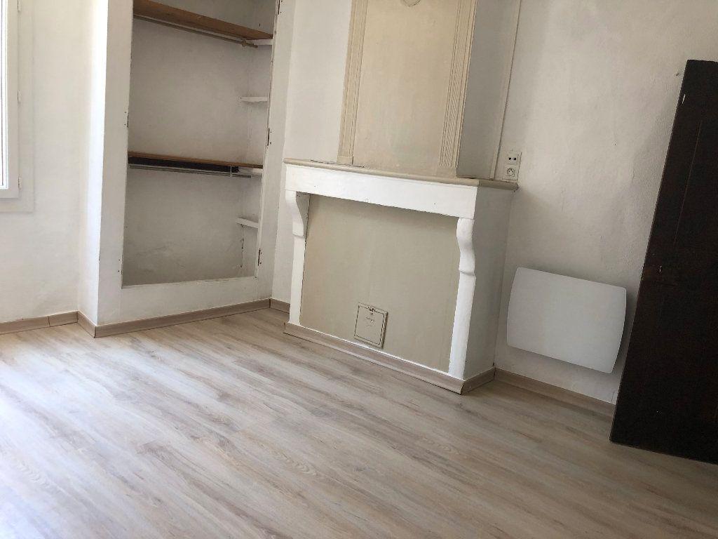 Appartement à louer 4 99.36m2 à Valensole vignette-5