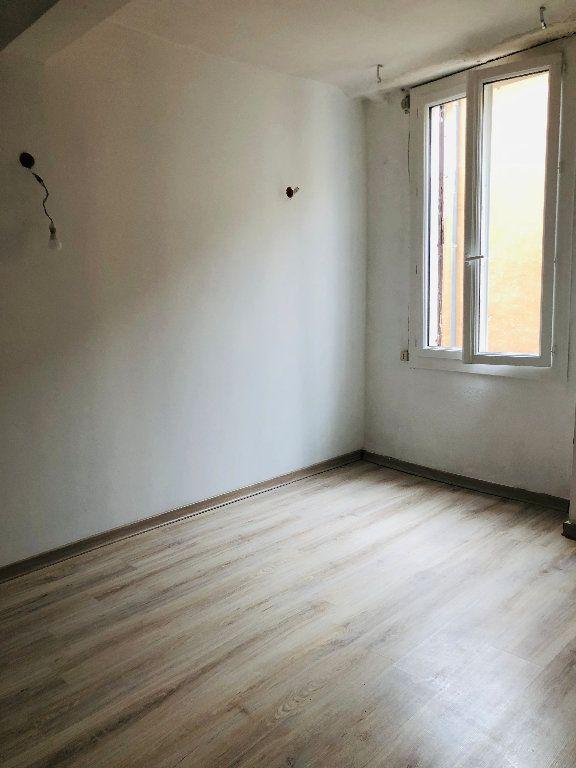 Appartement à louer 4 99.36m2 à Valensole vignette-6
