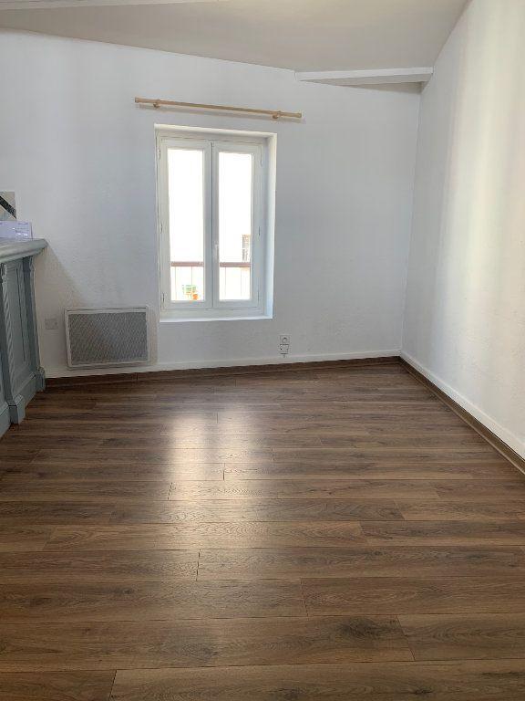Appartement à louer 2 60m2 à Valensole vignette-3