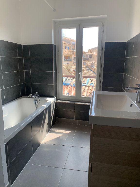 Appartement à louer 2 60m2 à Valensole vignette-4