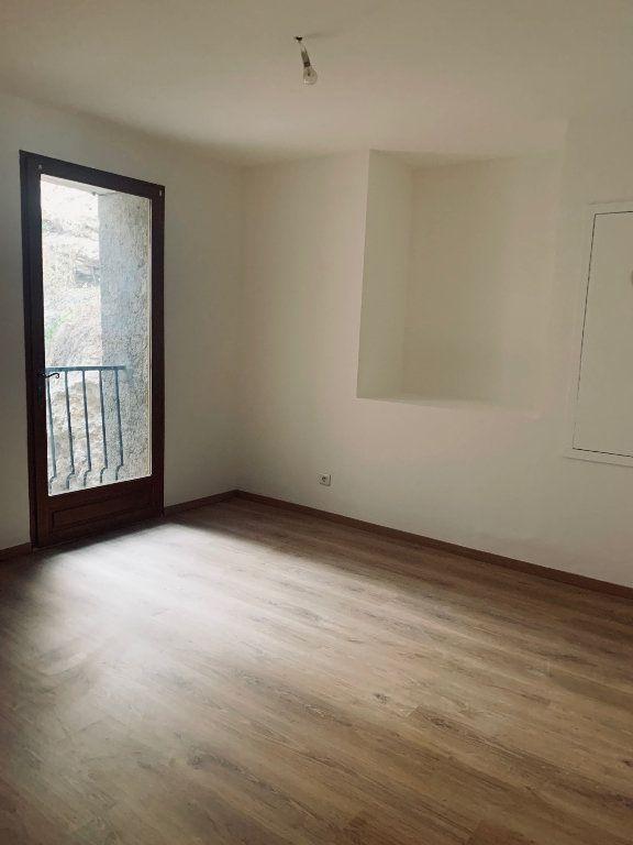 Appartement à louer 3 72.87m2 à Manosque vignette-3