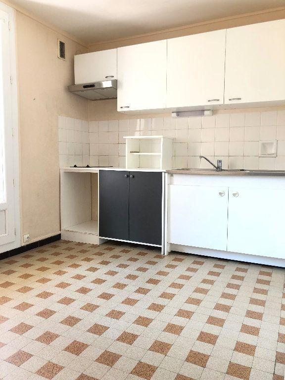 Appartement à louer 3 57.3m2 à Manosque vignette-2