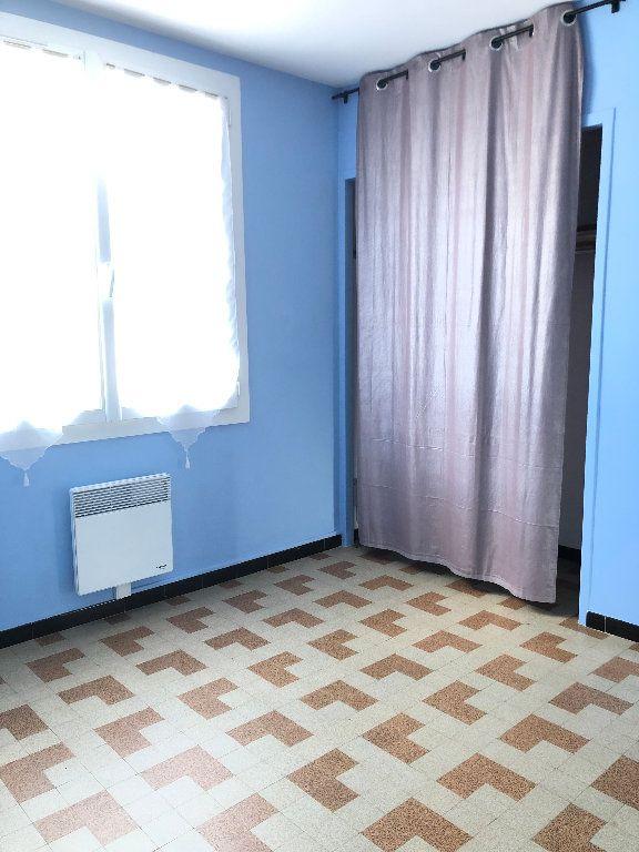 Appartement à louer 3 57.3m2 à Manosque vignette-9
