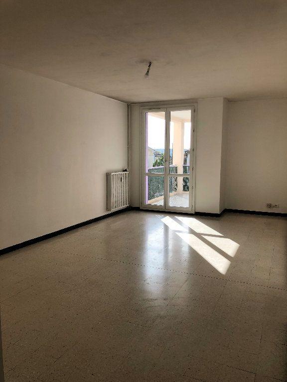 Appartement à louer 4 75.64m2 à Manosque vignette-1