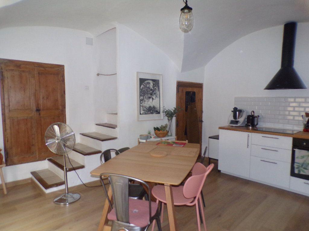 Maison à vendre 4 80m2 à La Tour-d'Aigues vignette-5