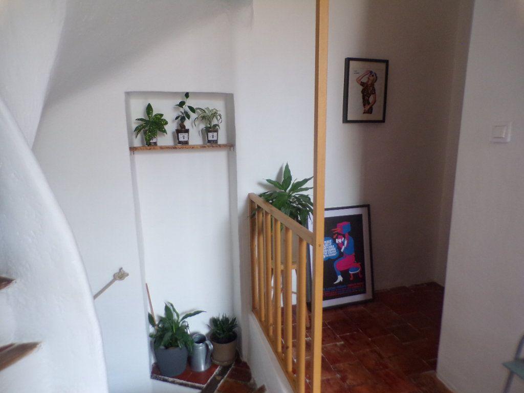 Maison à vendre 4 80m2 à La Tour-d'Aigues vignette-7