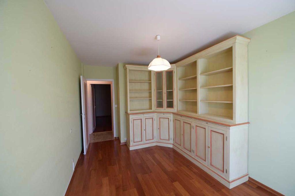 Appartement à louer 5 99.48m2 à Carpentras vignette-4