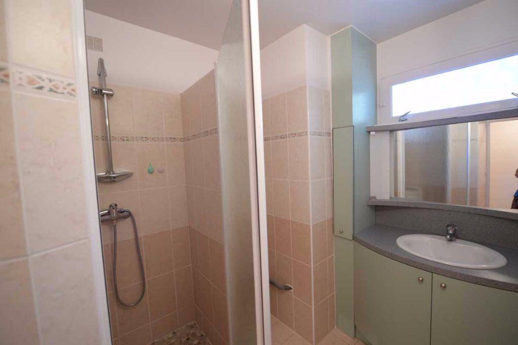 Appartement à louer 5 99.48m2 à Carpentras vignette-5
