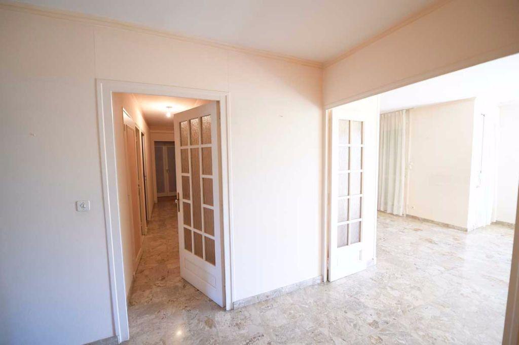 Appartement à louer 5 99.48m2 à Carpentras vignette-7