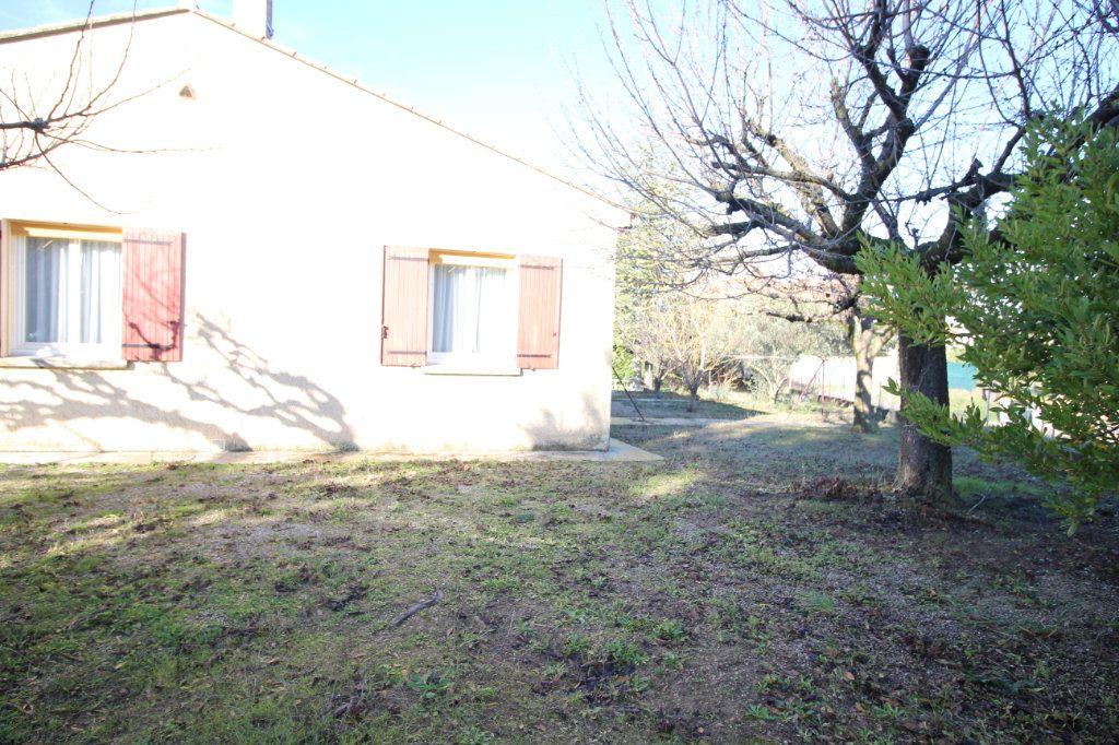 Maison à vendre 3 75m2 à Carpentras vignette-5