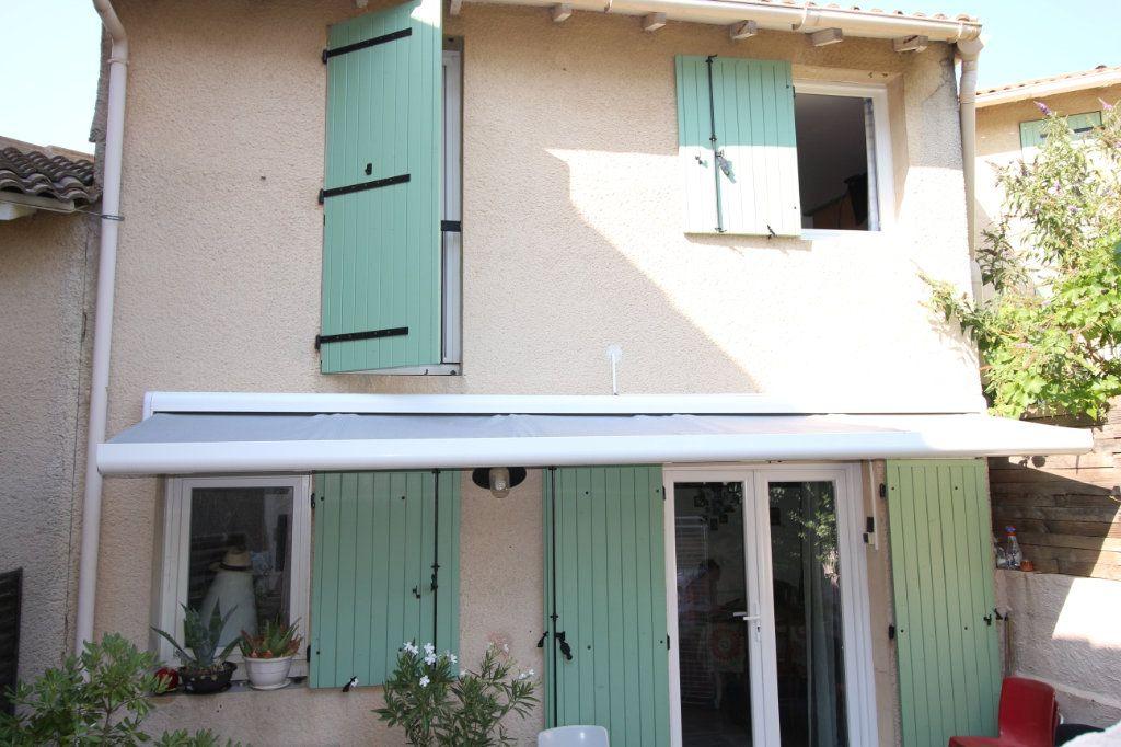 Maison à vendre 5 96m2 à Malemort-du-Comtat vignette-1