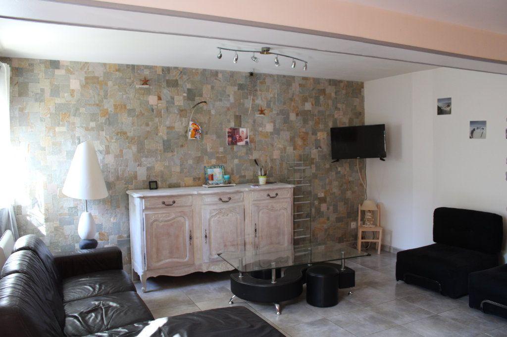 Maison à vendre 5 96m2 à Malemort-du-Comtat vignette-3
