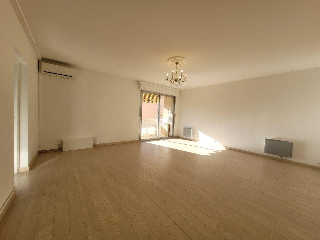 Appartement à vendre 3 81.01m2 à Carpentras vignette-1