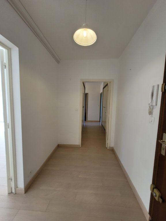 Appartement à vendre 3 81.01m2 à Carpentras vignette-4