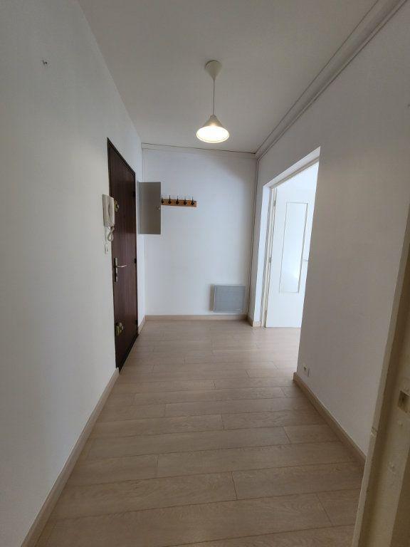 Appartement à vendre 3 81.01m2 à Carpentras vignette-5