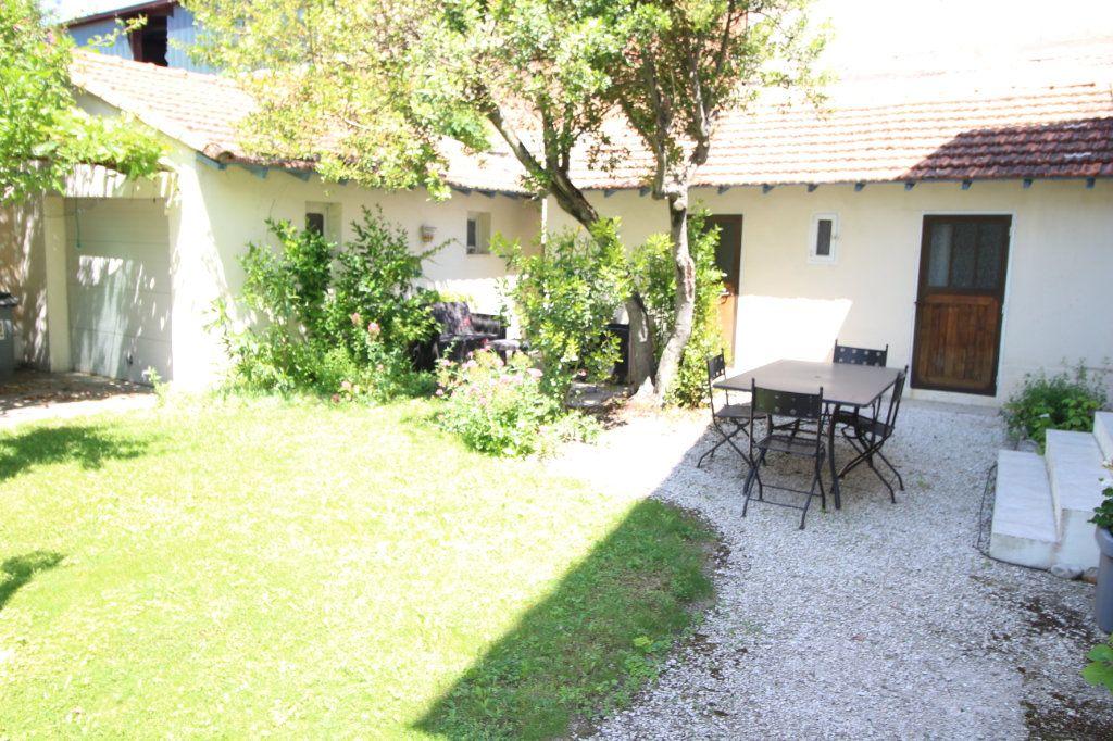 Maison à vendre 6 140m2 à Carpentras vignette-9