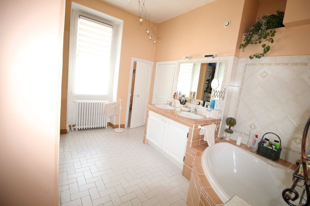 Maison à vendre 6 140m2 à Carpentras vignette-10