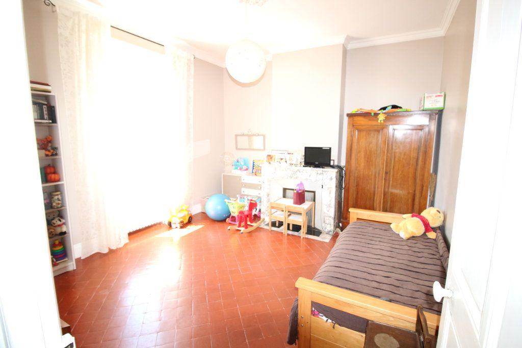 Maison à vendre 6 140m2 à Carpentras vignette-12