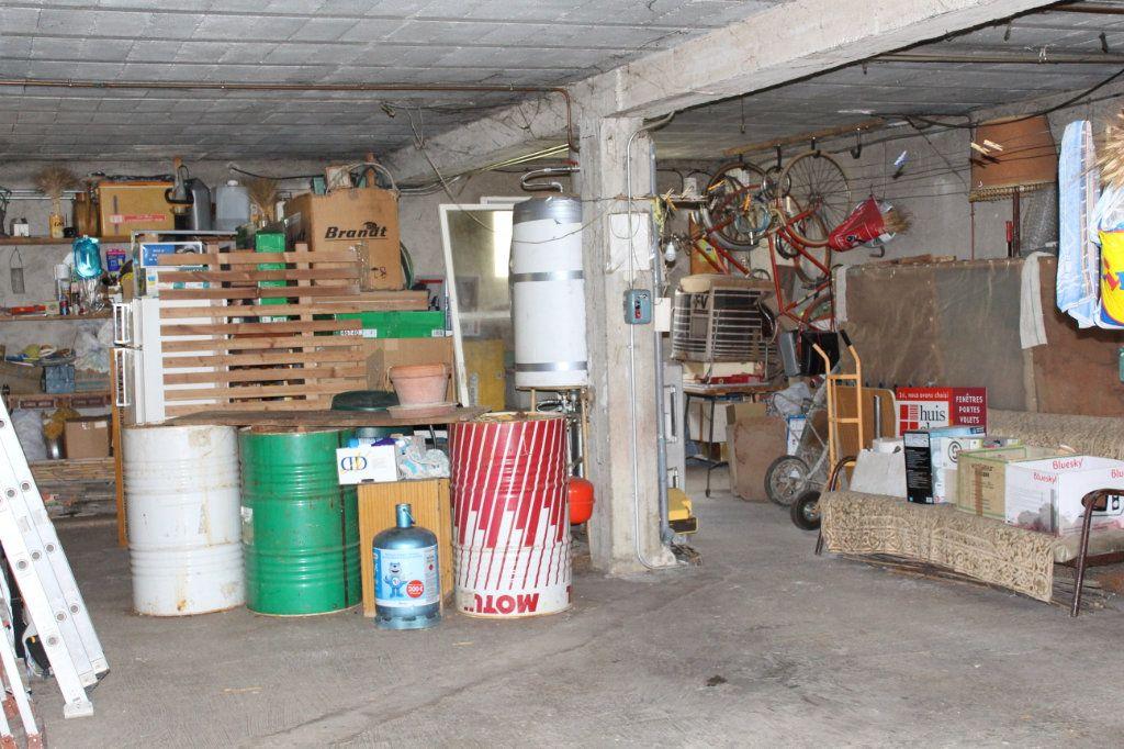 Maison à vendre 4 90m2 à Carpentras vignette-13