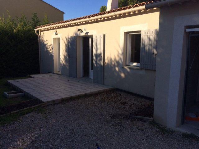 Maison à louer 4 80m2 à Monteux vignette-1