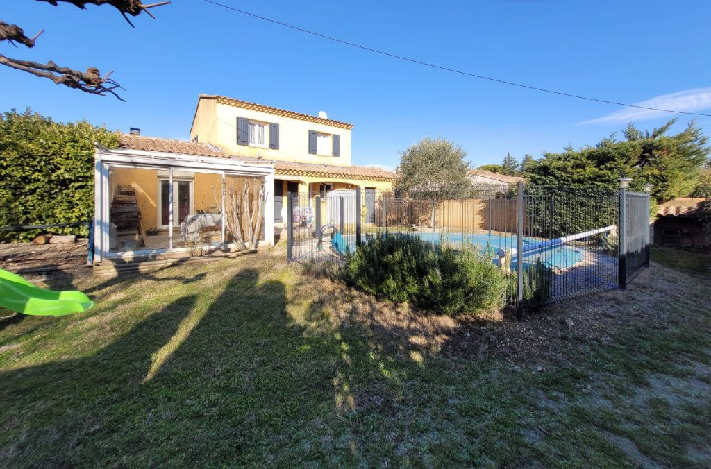 Maison à vendre 4 103m2 à Carpentras vignette-1
