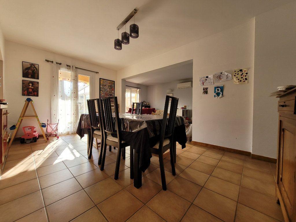 Maison à vendre 4 103m2 à Carpentras vignette-3