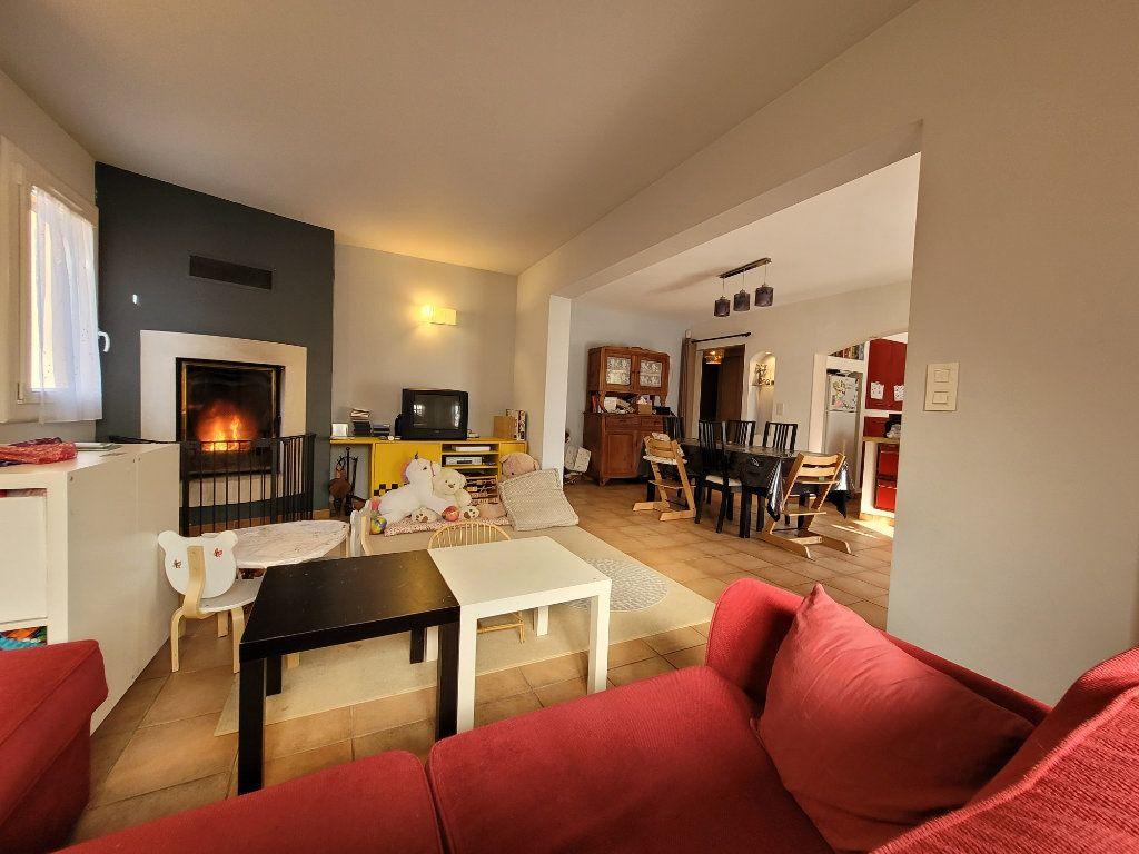Maison à vendre 4 103m2 à Carpentras vignette-4
