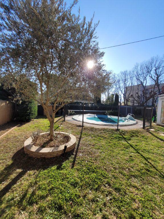 Maison à vendre 4 103m2 à Carpentras vignette-5