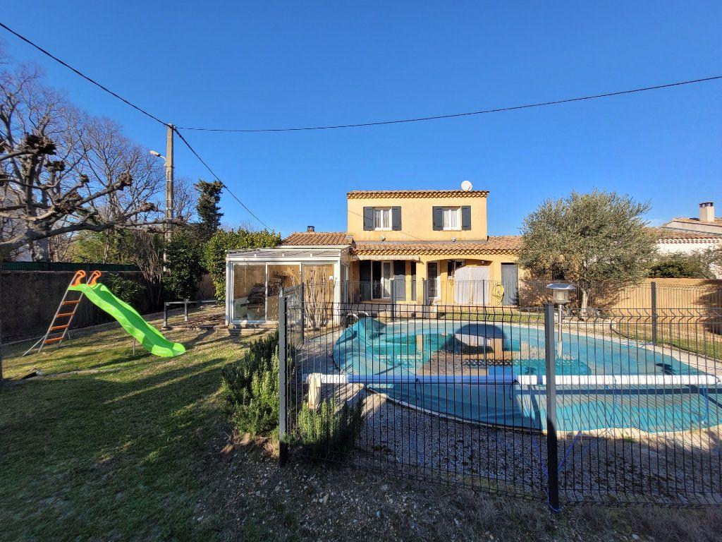 Maison à vendre 4 103m2 à Carpentras vignette-9