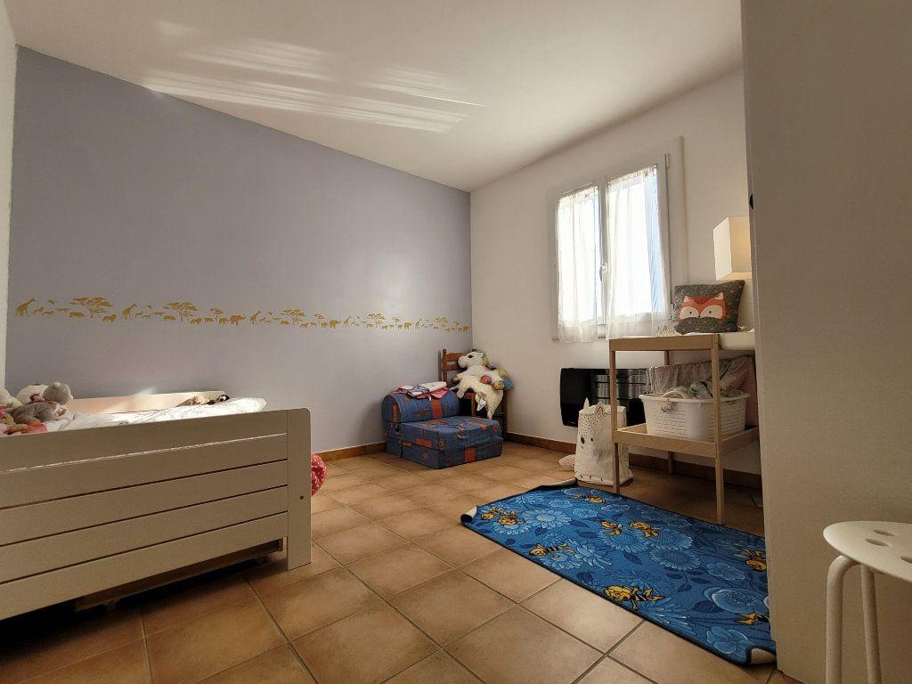 Maison à vendre 4 103m2 à Carpentras vignette-12
