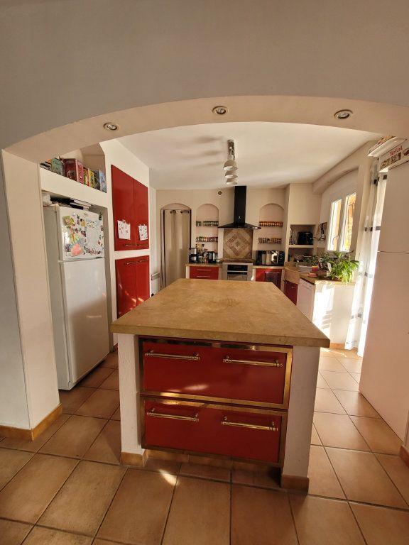 Maison à vendre 4 103m2 à Carpentras vignette-14