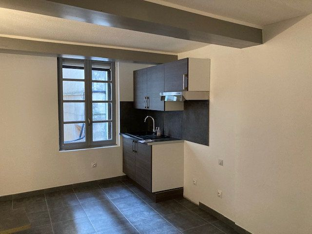 Appartement à louer 1 32m2 à Carpentras vignette-1