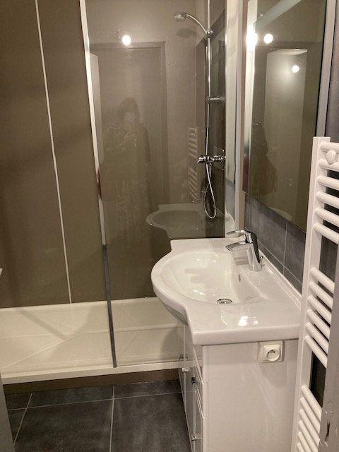 Appartement à louer 1 32m2 à Carpentras vignette-3