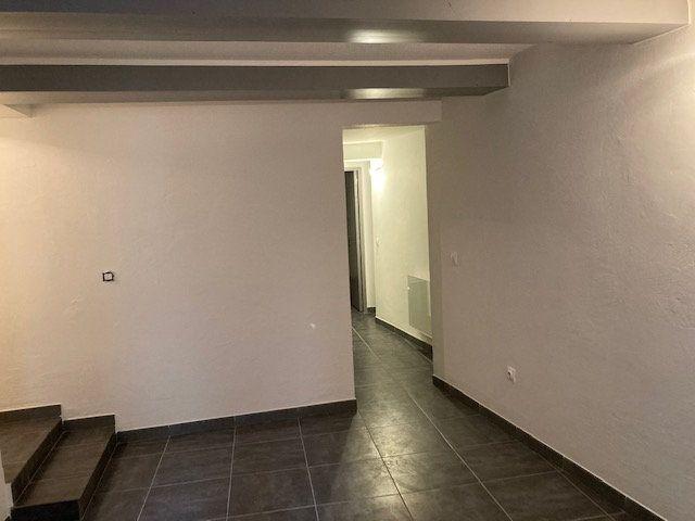 Appartement à louer 1 32m2 à Carpentras vignette-4
