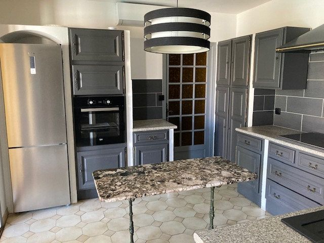 Maison à louer 4 90m2 à Carpentras vignette-3