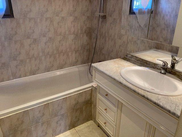 Maison à louer 4 90m2 à Carpentras vignette-5
