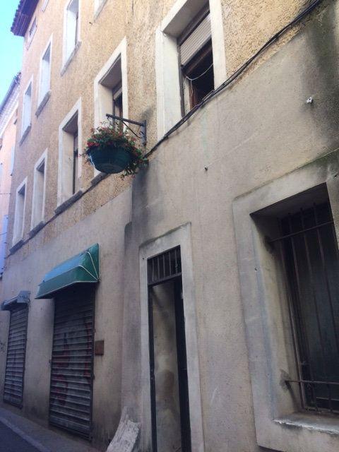 Appartement à louer 1 31m2 à Carpentras vignette-1