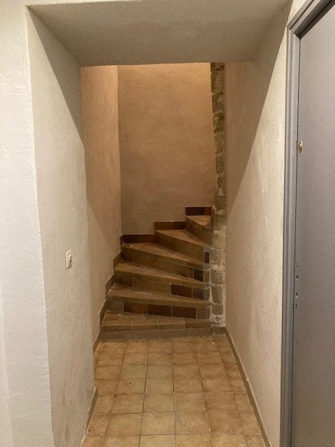 Appartement à louer 1 31m2 à Carpentras vignette-2